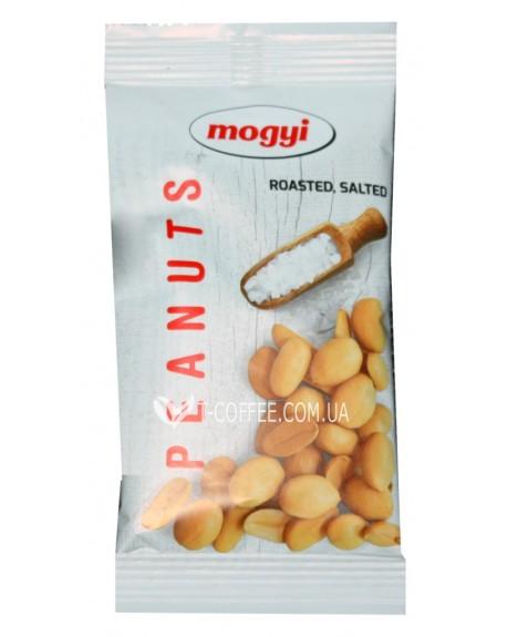 Арахис Mogyi очищенный соленый 50 г (5997347544432)