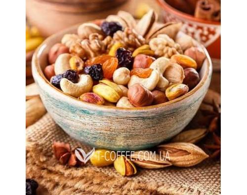 Новинки: екзотичні цукати і корисні горіхові суміші WINWAY
